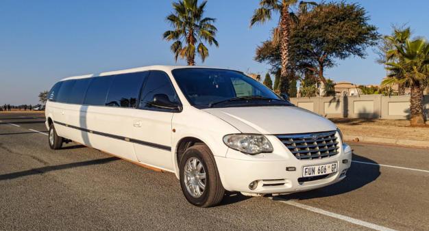 Un long S4 limousine... 31332210