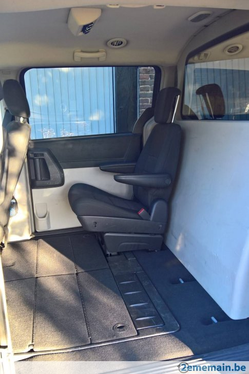 Grand Voyager S5 Crew Cab Diesel (4 places) 47335014
