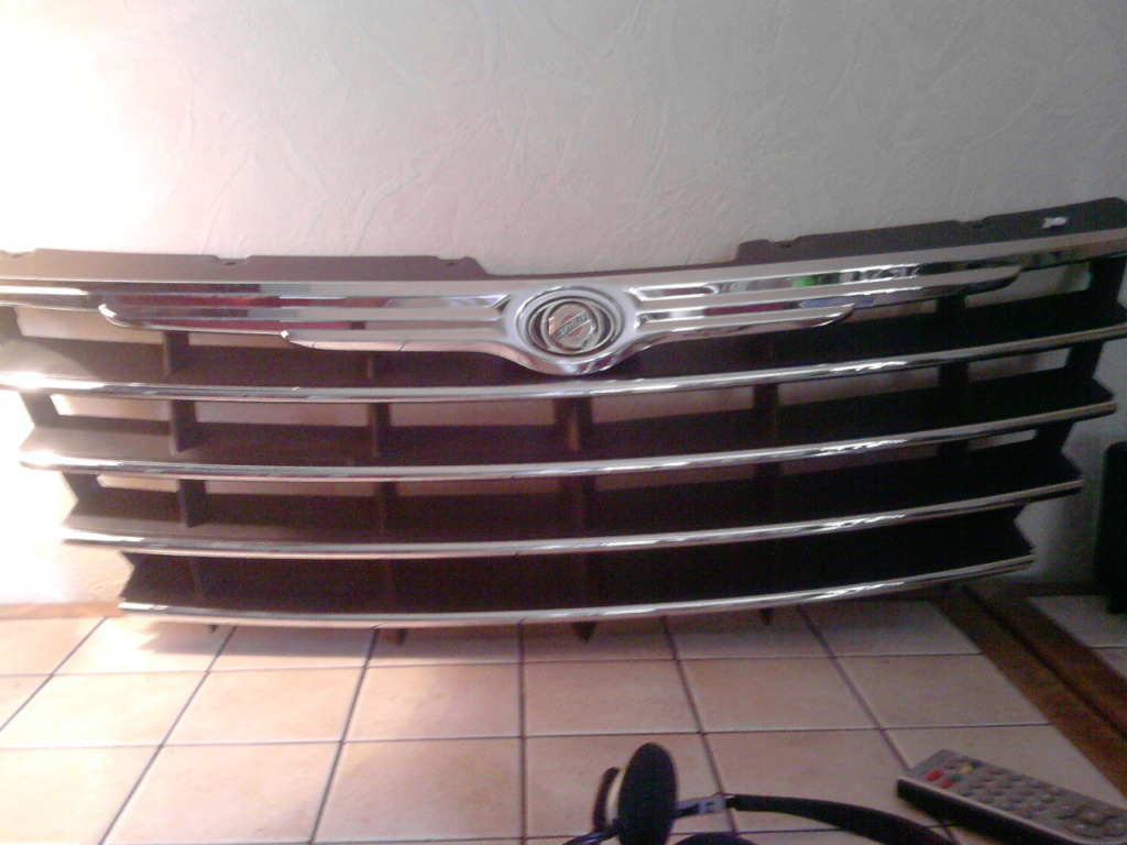 Calandre Chrysler Voyager S4 phase 2 (chrome) 89129810