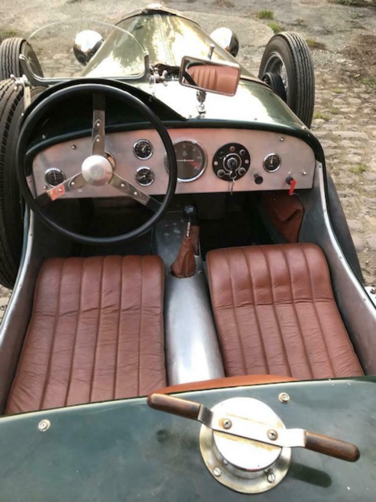 Chrysler 1930  _86_411