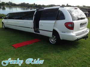 Un long S4 limousine... Chrysl21