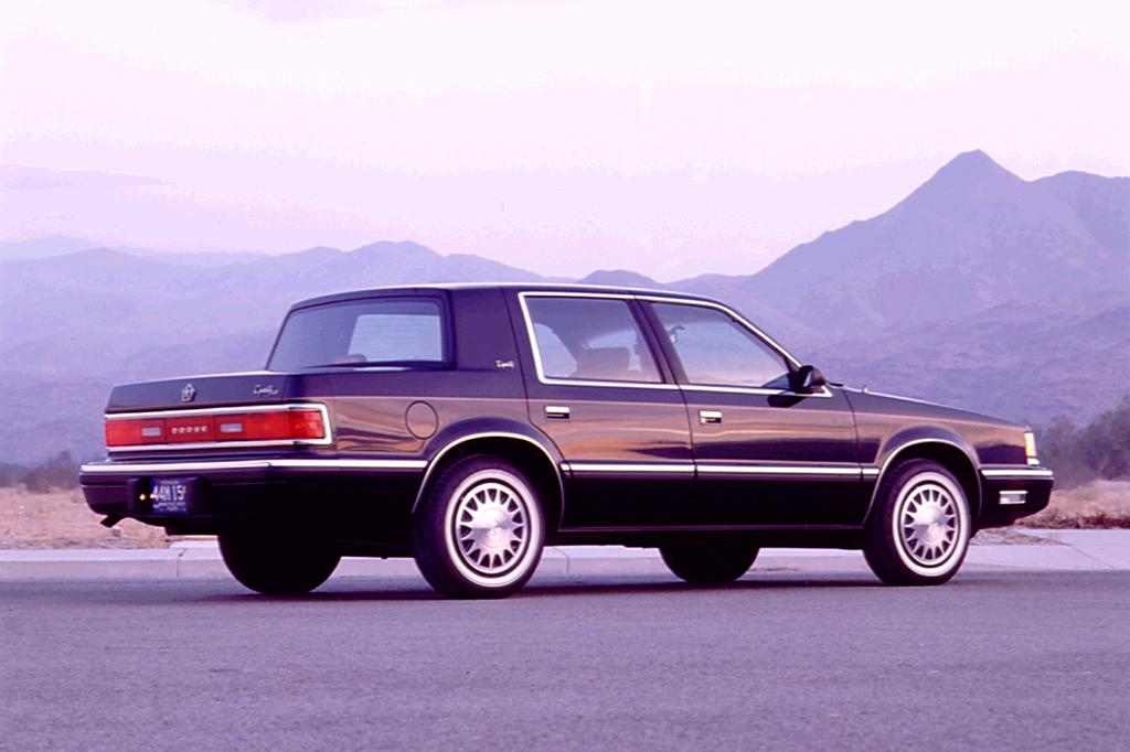 Un peu d'histoire d'une Dynasty ;) Dodge-19