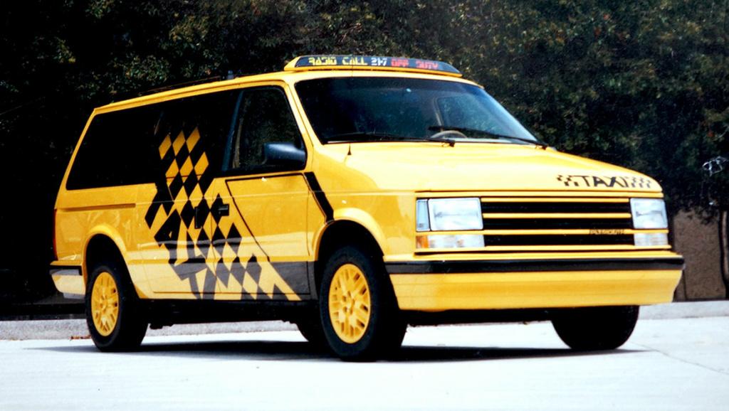 Grand Voyager Taxi par Michael Santoro Front-10