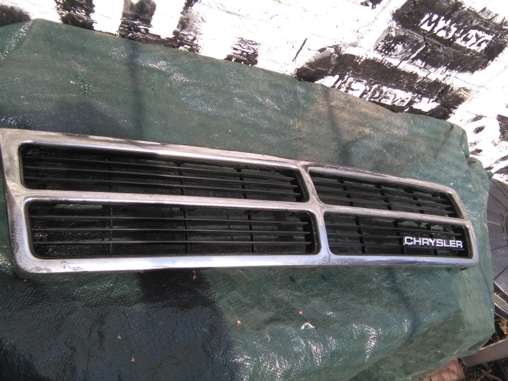 Calandre de S2 (Chrysler EU) Img_2378