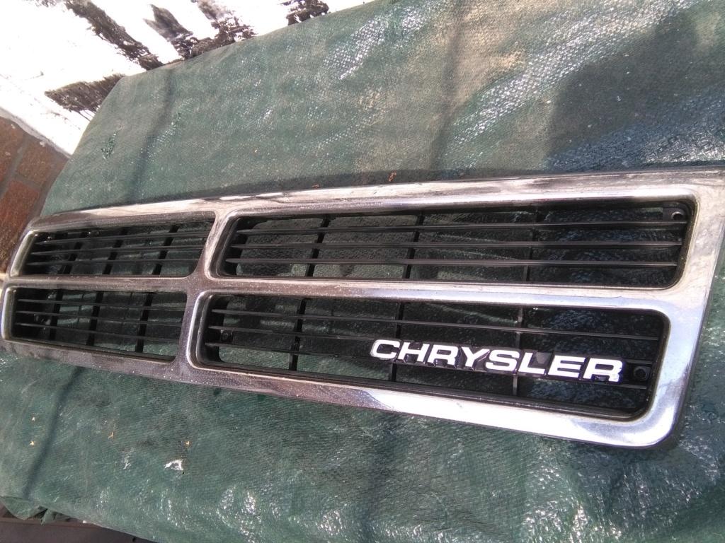 Calandre de S2 (Chrysler EU) Img_2380