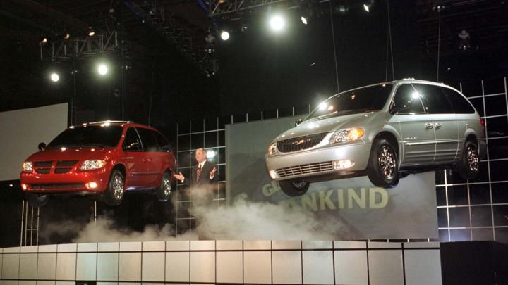 Pourquoi remplacer les Minivans par des SUV??? Lead_710