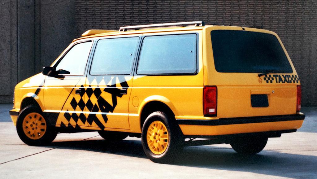 Grand Voyager Taxi par Michael Santoro Miniva12