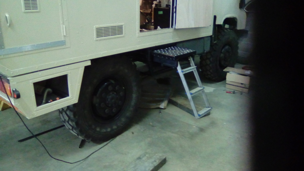Projet camping car, ça avance ! - Page 12 Img_2042