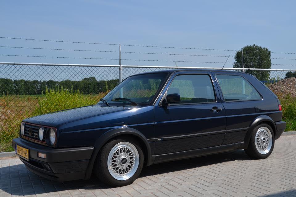 """Golf II """"EDITION BLUE"""" attention à ne pas se tromper, Couleur LC5M intérieur cuir Noir/bleu et moquette identique à l'EDITION ONE.... 13876410"""