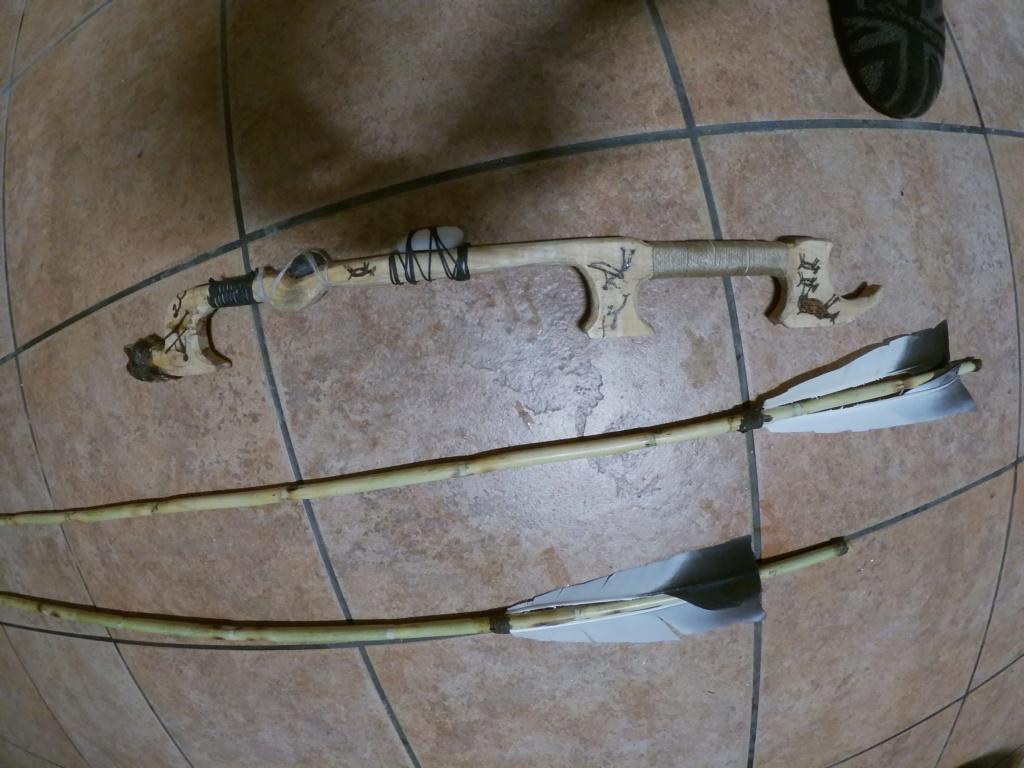 Propulsor de tablón de pino y azagayas de caña con puntera intercambiable. Gopr1322