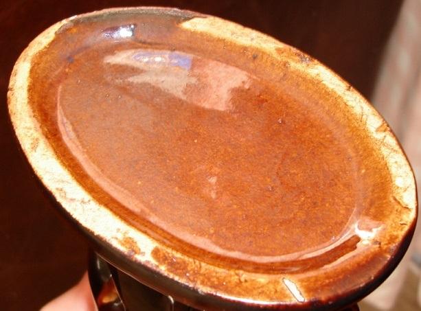 Rockingham ware? jug Dsc08216