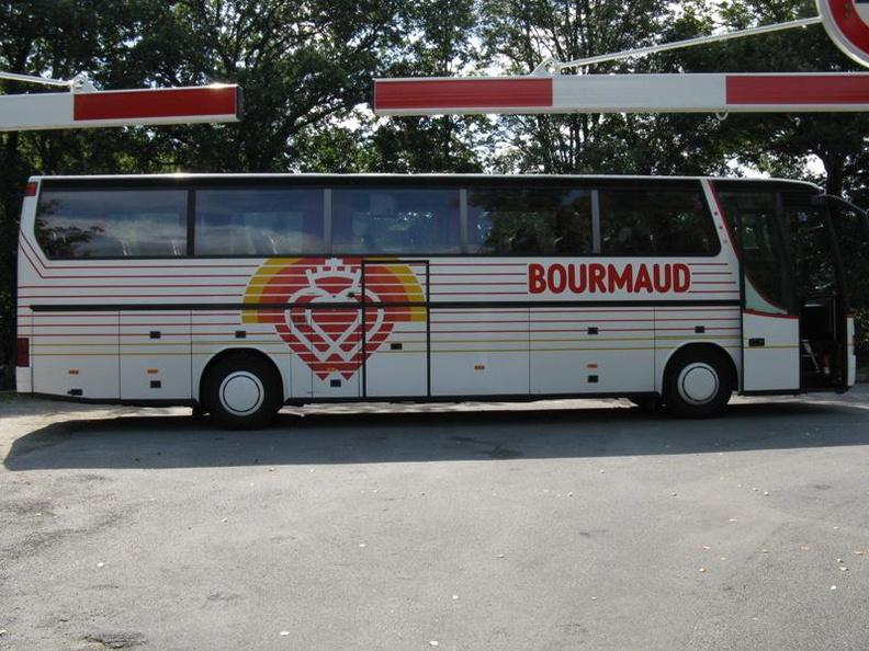 Bourmaud - Page 2 23510