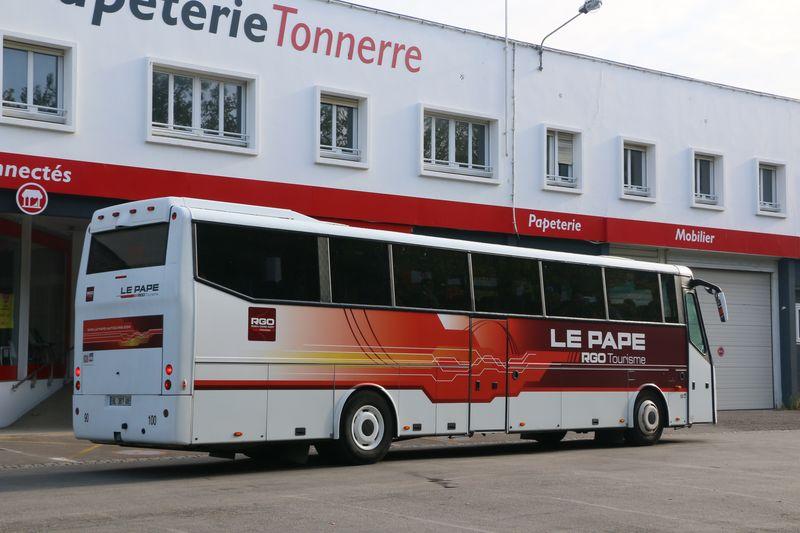 LE PAPE AUTOCARS 48910