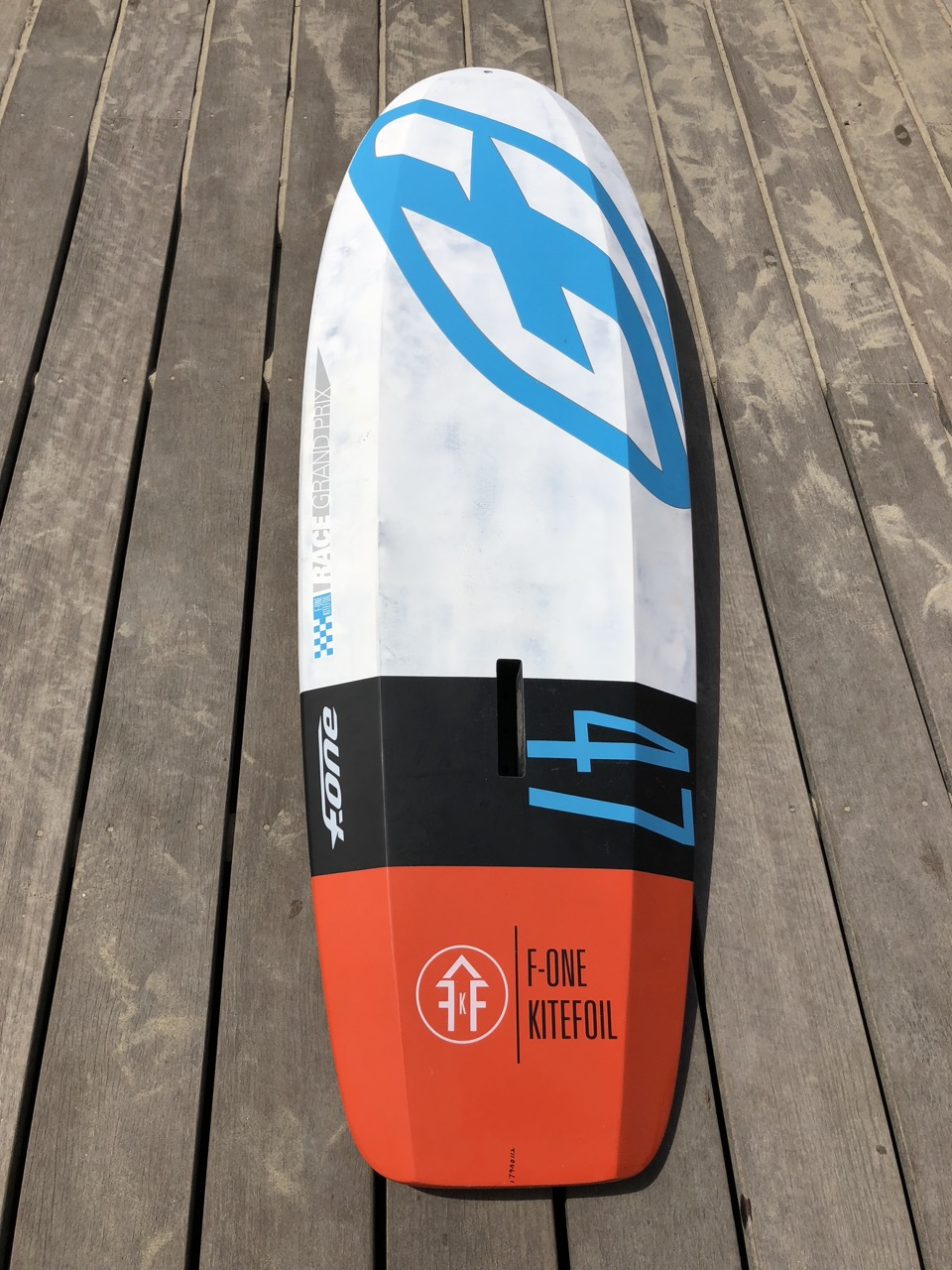 F-One hydrofoil 47 Carbon board Img_5911