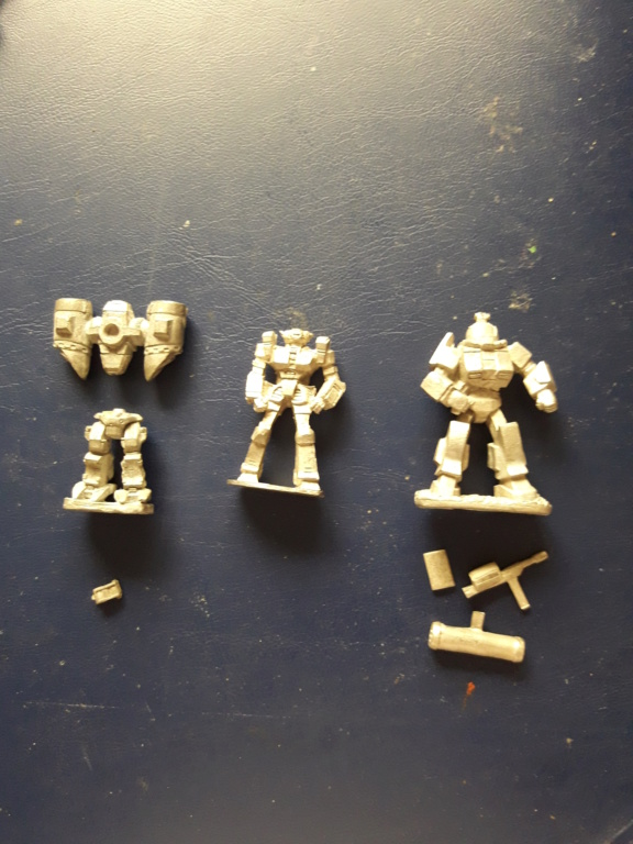 Miniaturas a la venta. 15384015
