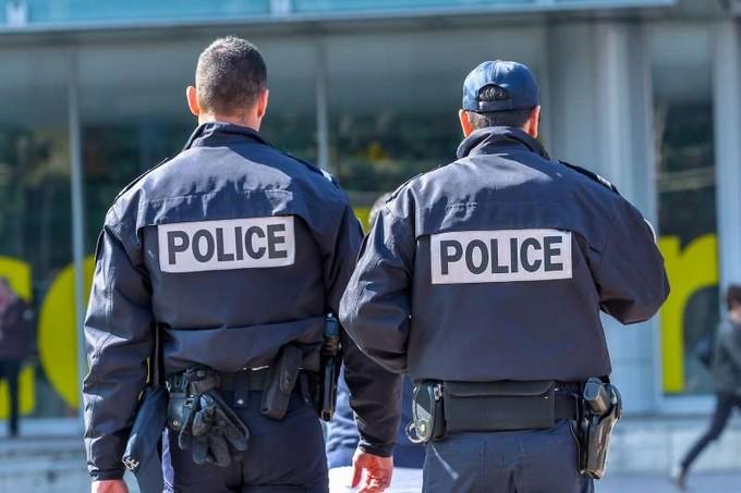 """3.300 pieds de cannabis """"indoor"""" découverts à Roubaix, 6 hommes interpellés Bbvpac11"""
