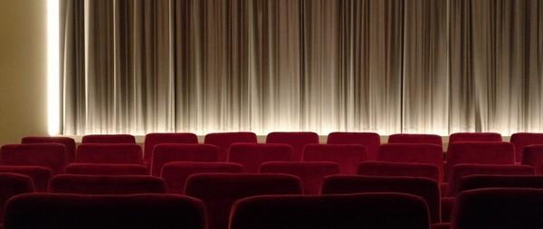 La première projection de film parlant a eu lieu à l'exposition universelle de Paris en 1900 ! Cinema10