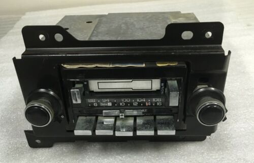 Wanted AM/FM Cassette 16065414 for 1990 Olds CC Analog10