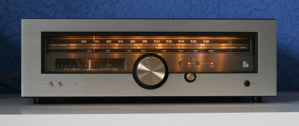 Antena  FM. - Página 2 1987fa10