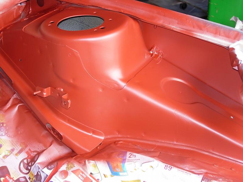 [974] 205 GTi 1L9 - 130cv - AM88 - Gris Magnum - Traitement Baie essui glace Dscn0714