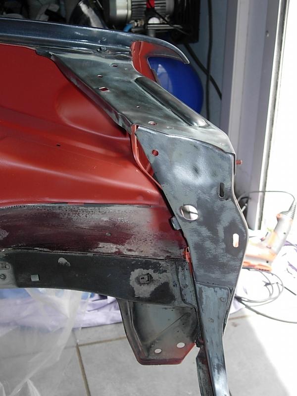 [974] 205 GTi 1L9 - 130cv - AM88 - Gris Magnum - Traitement Baie essui glace Dscn0716