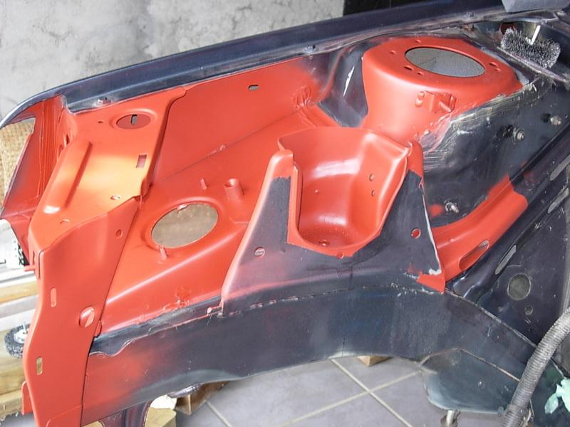 [974] 205 GTi 1L9 - 130cv - AM88 - Gris Magnum - Traitement Baie essui glace Dscn0718