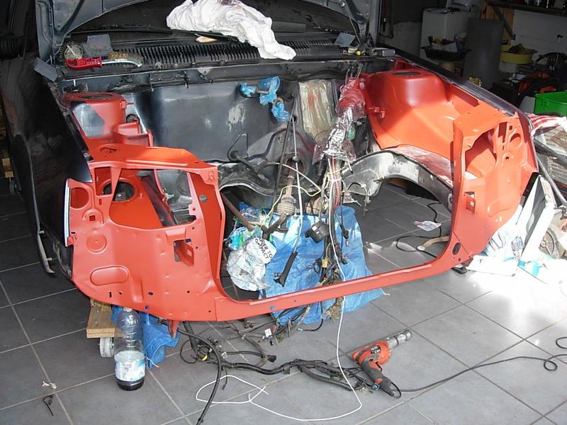 [974] 205 GTi 1L9 - 130cv - AM88 - Gris Magnum - Traitement Baie essui glace Dscn0719