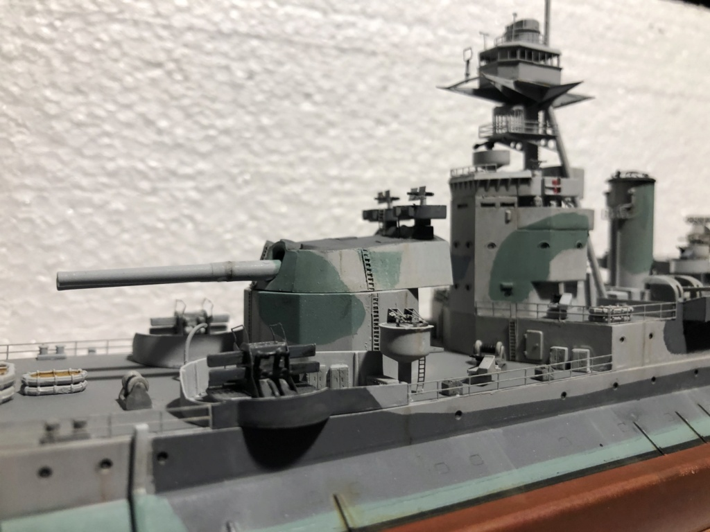 HMS Abercrombie Monitor - 1/350 Trumpeter - Eric78 - Page 2 09b44410