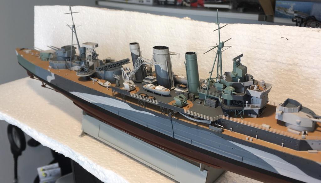 Croiseur lourd HMS Kent - 1/350 - Trumpeter - Eric78 - Page 2 36e90d10