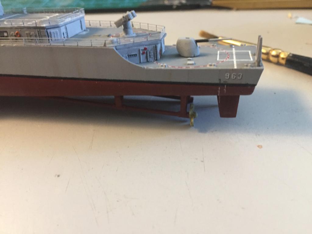 Destroyer USS Spruance DD963 - 1/700 Dragon  3f3f2110