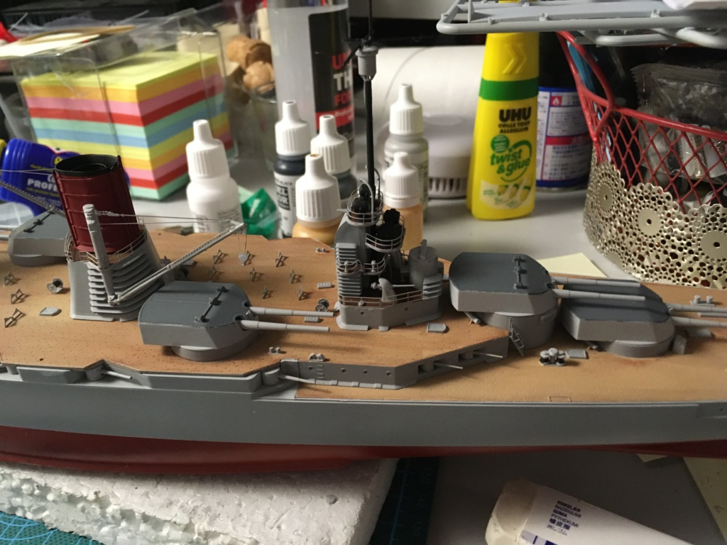 Croiseur de bataille SMS Seydlitz 1/350 Hobby Boss  - Page 3 49dfb210