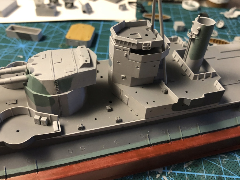 HMS Abercrombie Monitor - 1/350 Trumpeter - Eric78 5f761a10