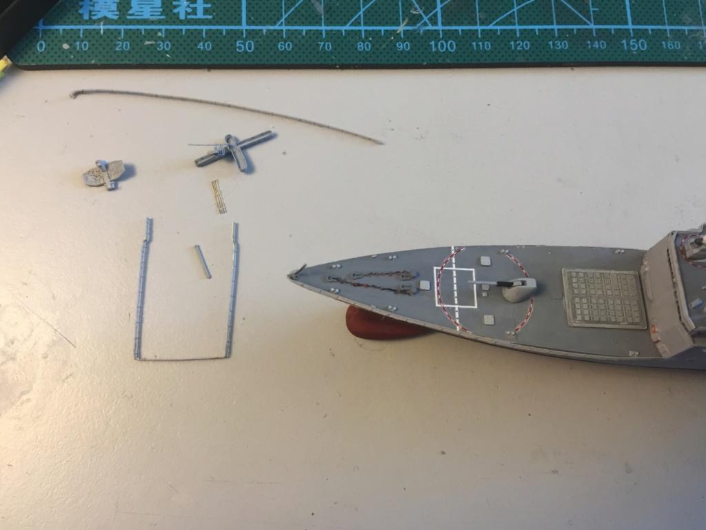 Destroyer USS Spruance DD963 - 1/700 Dragon  649bc010