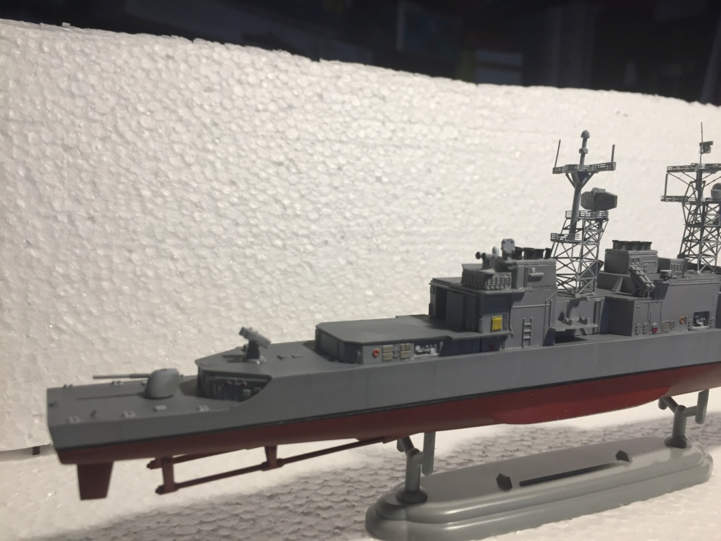 Destroyer USS Spruance DD963 - 1/700 Dragon  7138d610