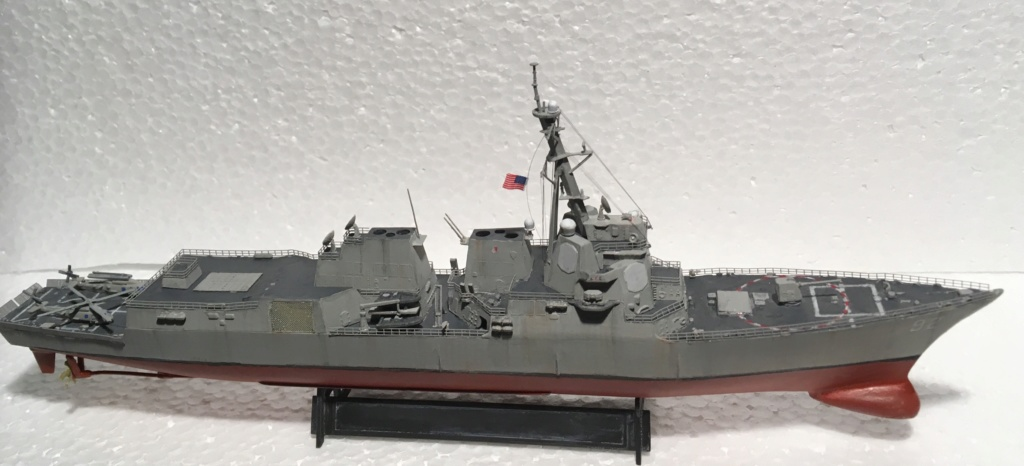 Destroyer USS Momsen DDG-92 -Hobbyboss 1/700 - Page 2 B90b1410