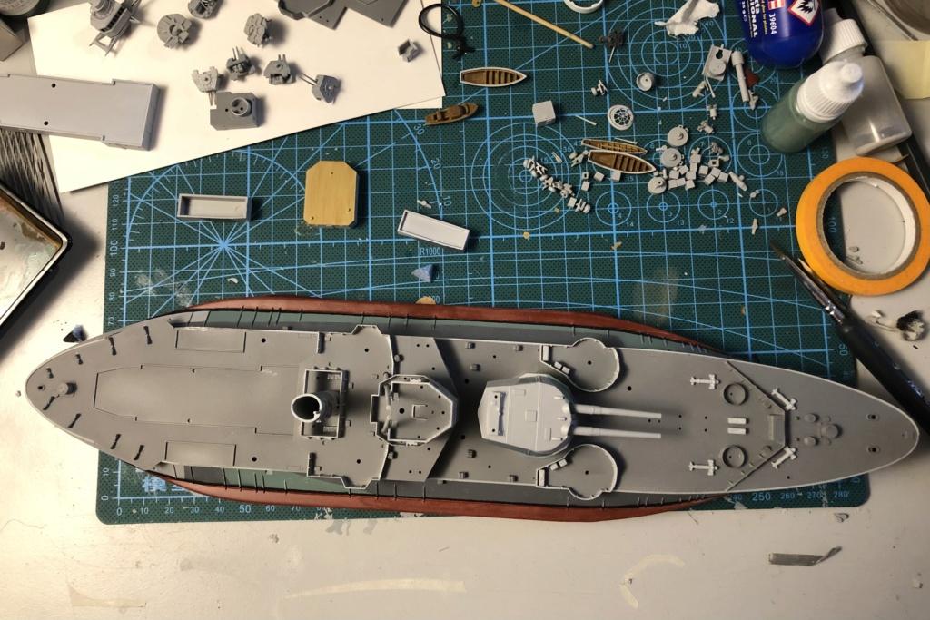 HMS Abercrombie Monitor - 1/350 Trumpeter - Eric78 B9b68b10