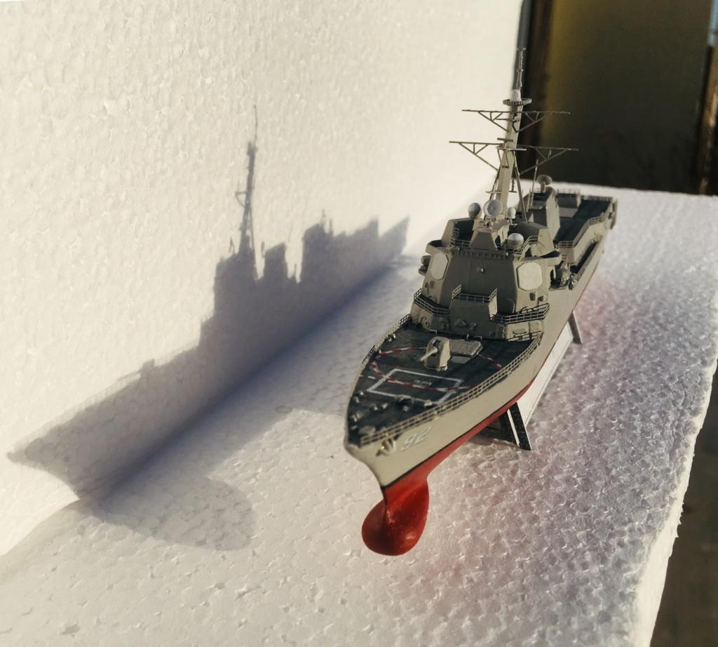 Destroyer USS Momsen DDG-92 -Hobbyboss 1/700 - Page 2 C4e44d10