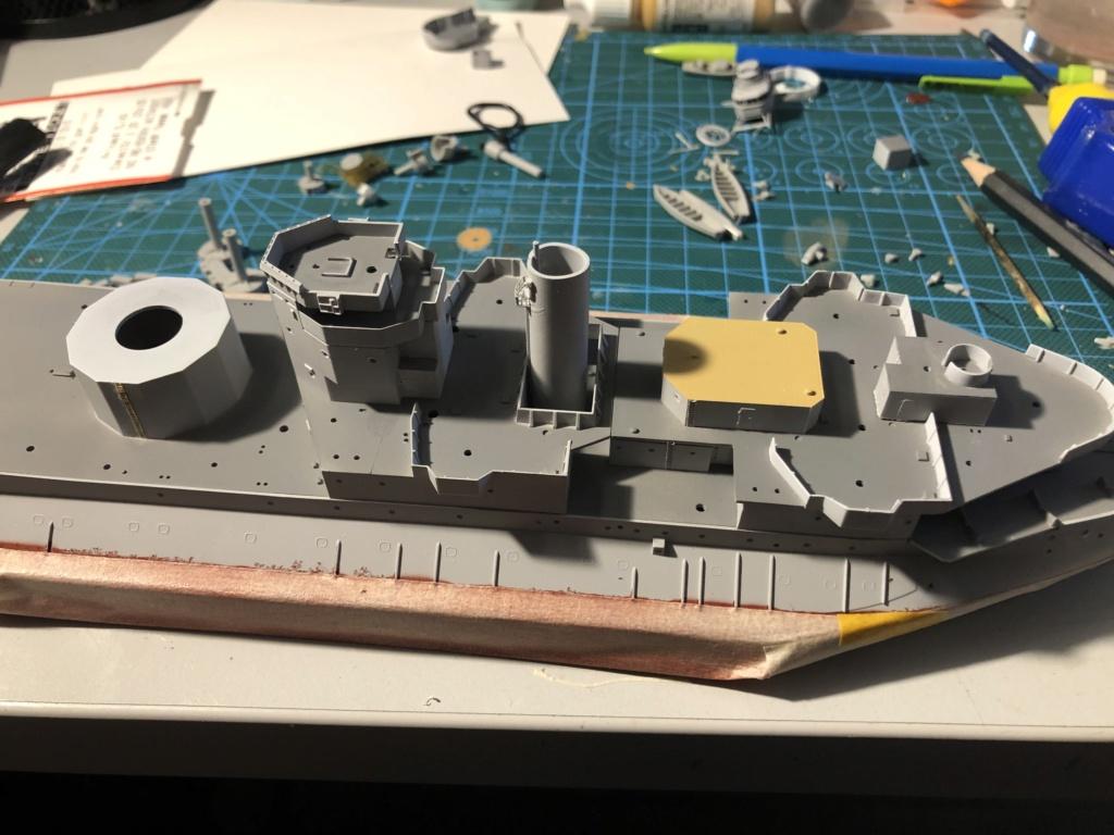 HMS Abercrombie Monitor - 1/350 Trumpeter - Eric78 Cb14f810