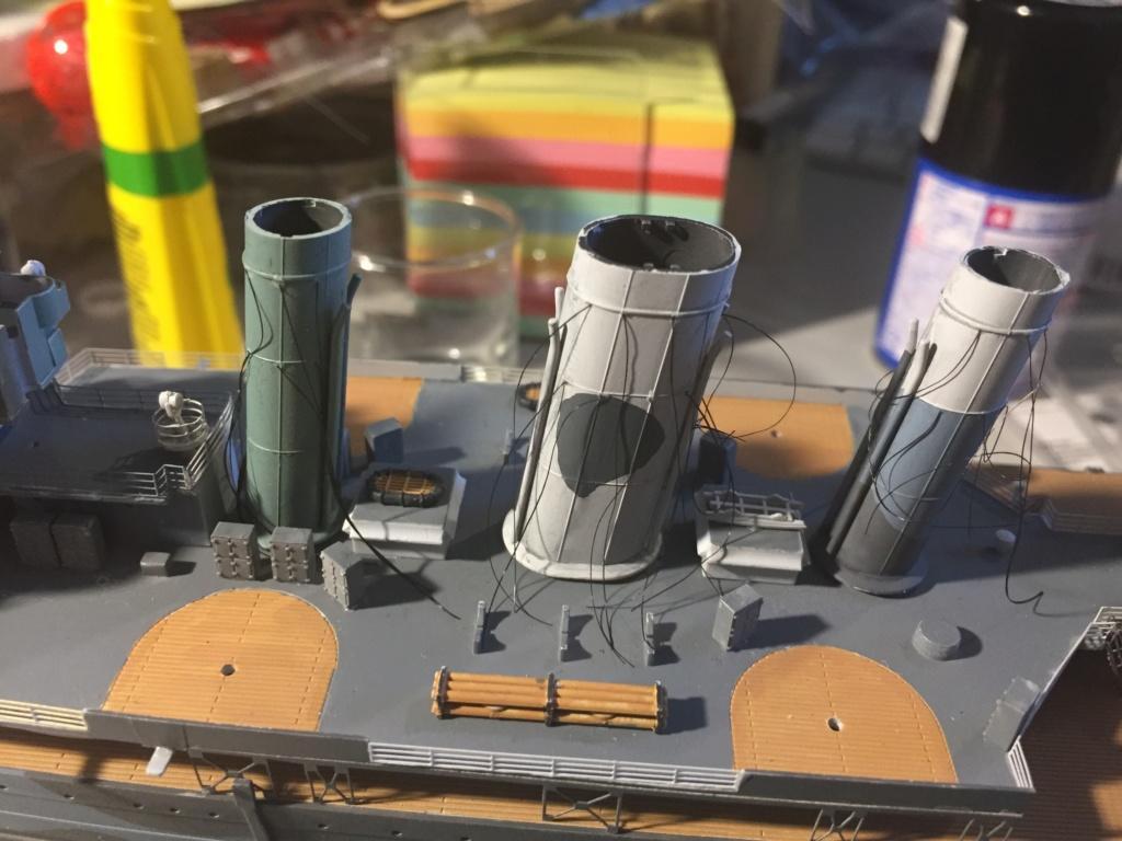 Croiseur lourd HMS Kent - 1/350 - Trumpeter - Eric78 - Page 3 Ce4dc210