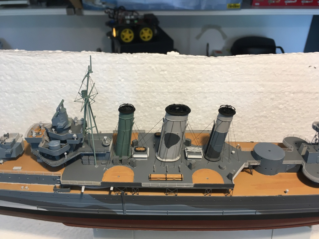 Croiseur lourd HMS Kent - 1/350 - Trumpeter - Eric78 - Page 3 D0498910