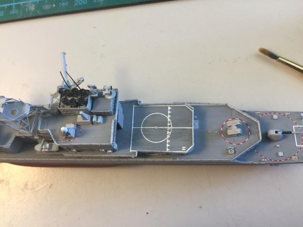 Destroyer USS Spruance DD963 - 1/700 Dragon  D6116d10
