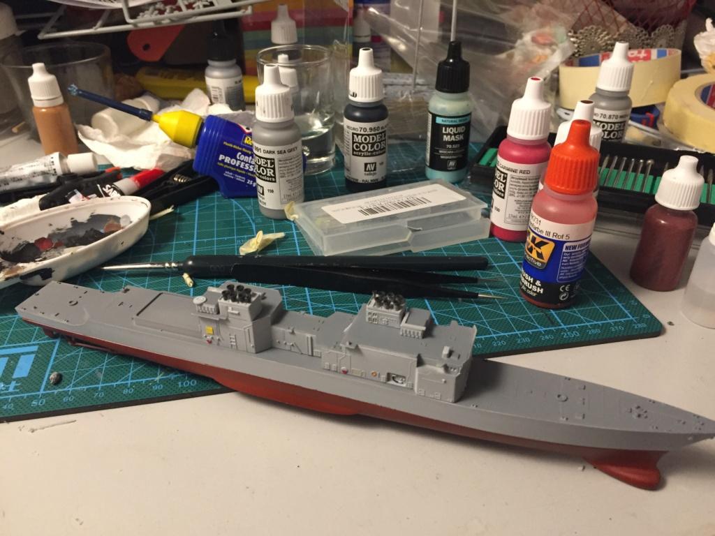 Destroyer USS Spruance DD963 - 1/700 Dragon  E7cb2a10