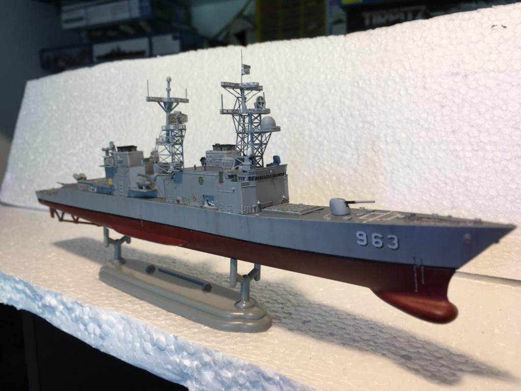 Destroyer USS Spruance DD963 - 1/700 Dragon  Eccb9210