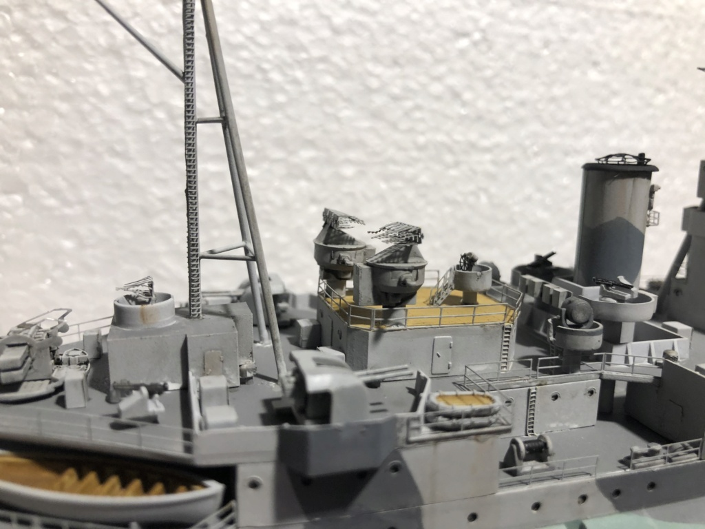 HMS Abercrombie Monitor - 1/350 Trumpeter - Eric78 - Page 2 Feb16f10