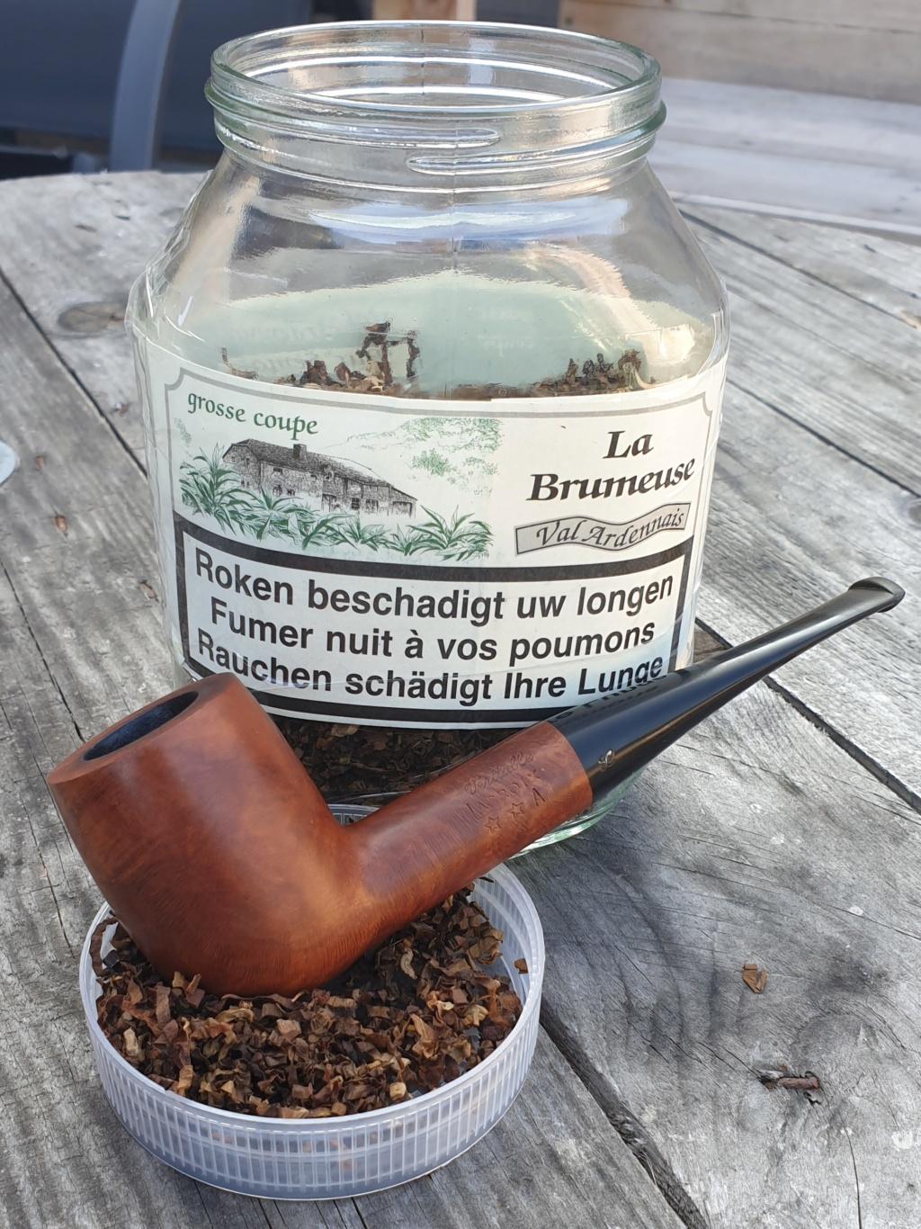 Ce jeudi 17 septembre, m'asseoir sur un banc une p'tite heure avec toi, petuner du tabac tant qu'y en a...  20200962