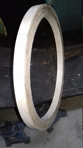 Fabrication d'un volant. 14010