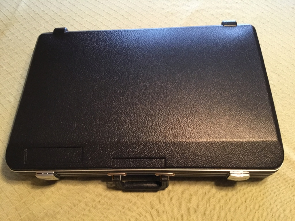 What pistol cases do you use? 90507710