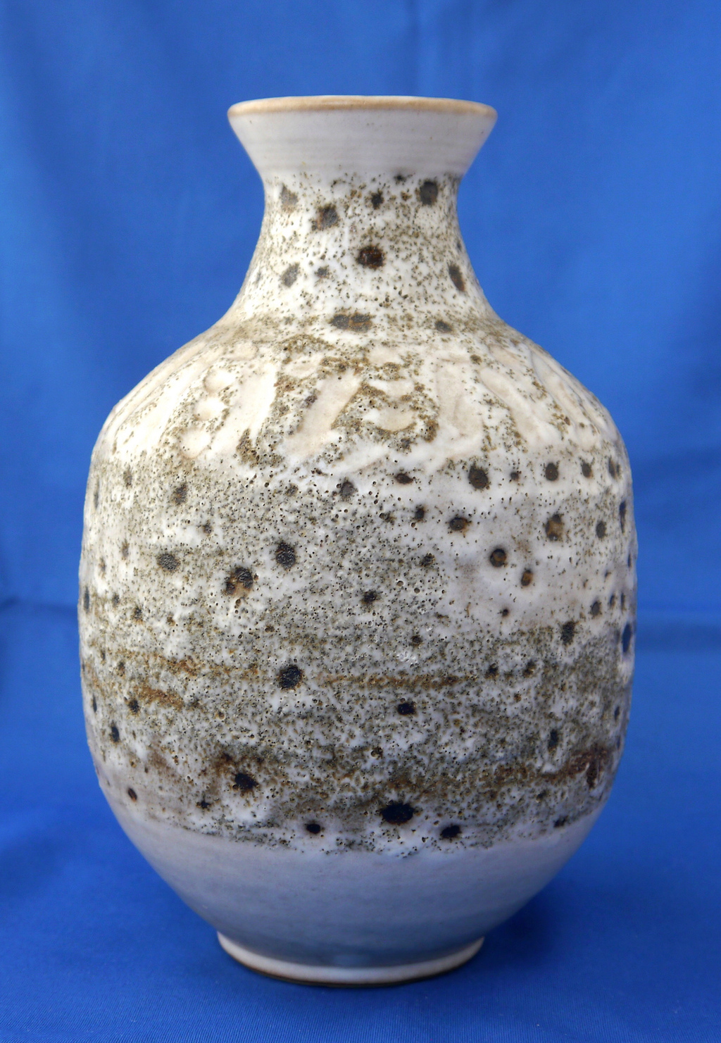 Please Help Identify Lava or Cratered Pitted Glaze Vase. Signed B52dae10