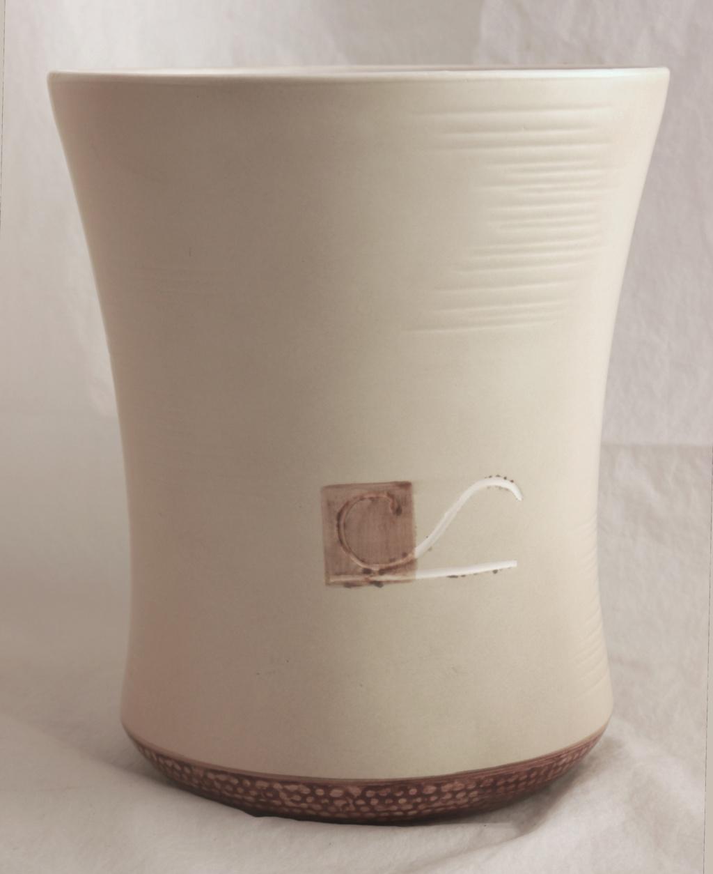 Identification Help Please. Signed Cache Pot / Vase  P1450212