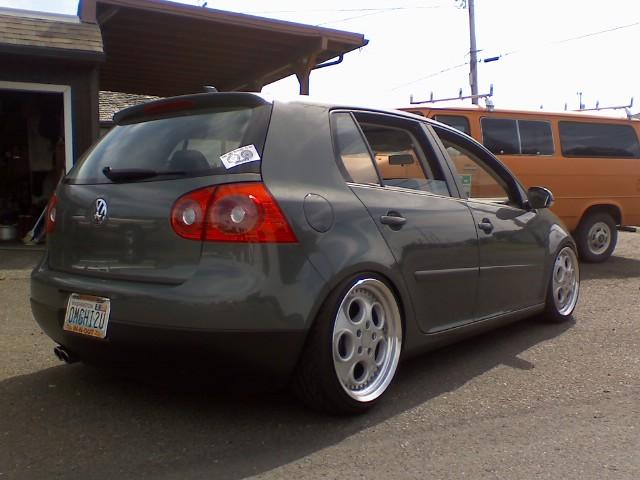[ VW ] GOLF MK5 08230810